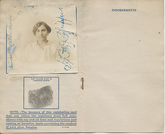 The United States Department of Justice Registration Card of Alien Female Anna Geiselmann of New York City. Issued July 8, 1918.